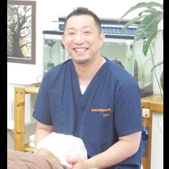千葉県我孫子市にある、あびこ南口整体院TANAKAカイロプラクティックセンター院長の田中宏樹です。